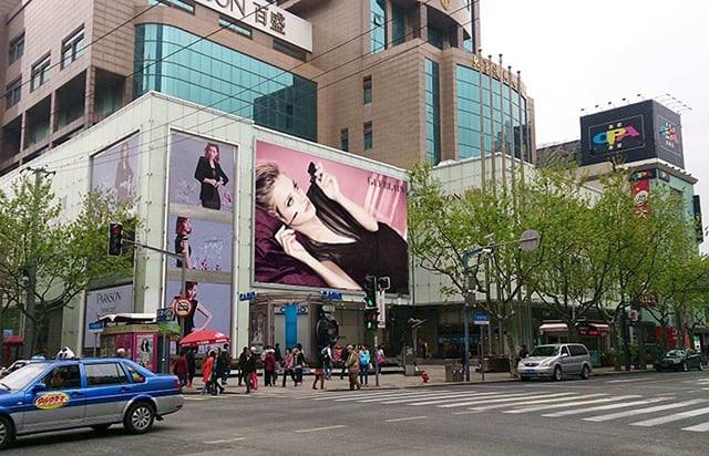 led screen for shopping mall